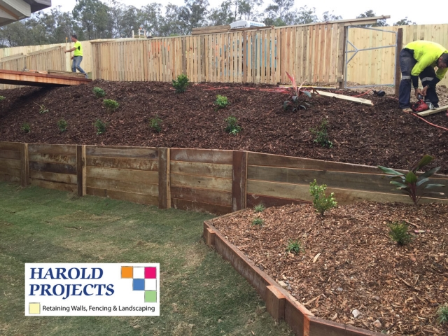 Fencing and Retaining Walls - Harold Projects